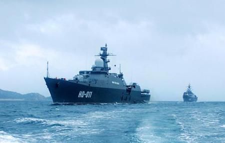 """""""Hai vị vua"""" tuần tra bảo vệ biển đảo Việt nam."""