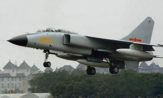 Máy bay chiến đấu JH-7A của Trung Quốc.