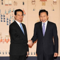 Thủ tướng Nguyễn Tấn Dũng dự hội nghị hạt nhân