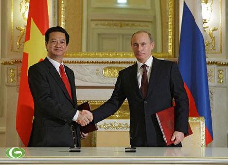 Thủ tướng Nguyễn Tấn Dũng và Thủ tướng V.Putin ký bản ghi nhớ về kết quả hội đàm