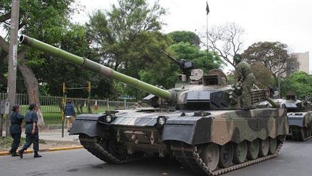 MBT-2000 trong thời gian thử nghiệm tại Peru.