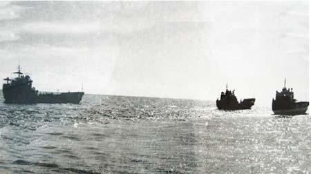 Biên đội gồm ba tàu 673, 674, 675 chở quân ra giải phóng Trường Sa.