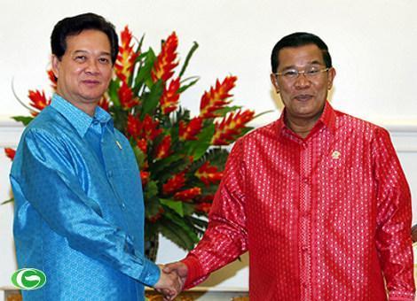 Thủ tướng Nguyễn Tấn Dũng và Thủ tướng Campuchia Hun Sen