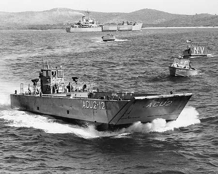 Loại tàu đổ bộ LCM-8 mà quân Mỹ sử dụng tại Việt Nam.