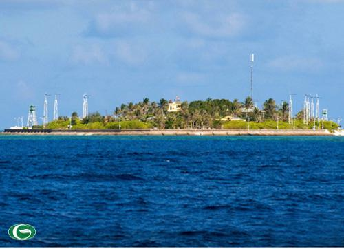 Trường Sa - Hòn đảo tiền tiêu nơi ngàn trùng sóng gió, vẫn hiên ngang bất khuất, là phên dậu vững chắc của Tổ quốc Việt Nam