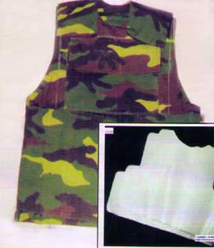 Áo giáp và tấm chống đạn làm từ vật liệu oxit nhôm tăng bền.