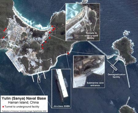 Hình ảnh minh họa bố trí cầu cảng, hầm trong núi căn cứ tàu ngầm Tam Á, đảo Hải Nam.