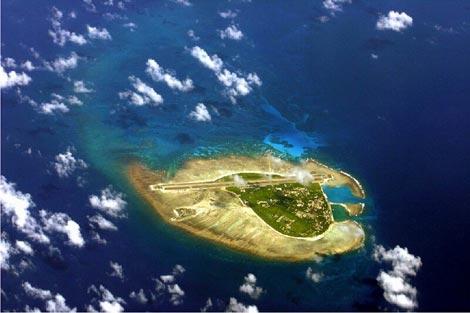 """Sau khi chiếm cứ Hoàng Sa của Việt Nam, Trung Quốc đã xây dựng sân bay với tham vọng biến đảo này thành """"hàng không mẫu hạm không bao giờ chìm"""" (ảnh: visithainan.com.au)"""