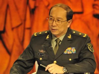 """Kim Nhất Nam, thiếu tướng, cũng xuất hiện nhiều trên các phương tiện truyền thông nhà nước Trung Quốc xung quanh căng thẳng trên bãi Scarborough bằng cách """"dọa"""" Philippines mấy câu"""