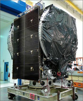 Đối tác Lockheed Martin đã hoàn thành việc lắp đặt vệ tinh Vinasat-2, chờ ngày lên bệ phóng (Ảnh: Lockheed Martin)