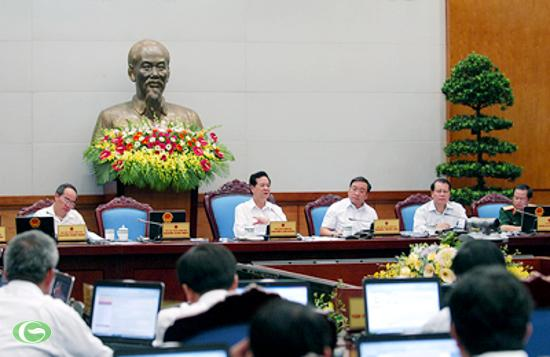 Thủ tướng Nguyễn Tấn Dũng nhấn mạnh, phải kiên định thực hiện các mục tiêu phát triển kinh tế-xã hội đã đề ra cho năm 2012. Ảnh: VGP/Nhật Bắc