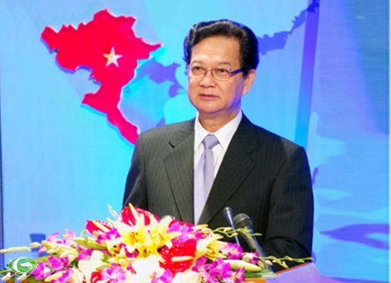 Thủ tướng Nguyễn Tấn Dũng: Dự án phóng vệ tinh VINASAT1 và VINASAT2 có ý nghĩa chính trị và kinh tế - xã hội to lớn, thể hiện chủ quyền quốc gia Việt Nam trong không gian, góp phần nâng cao hình ảnh của Việt Nam trên trường quốc tế. - Ảnh: VGP/Nhật Bắc