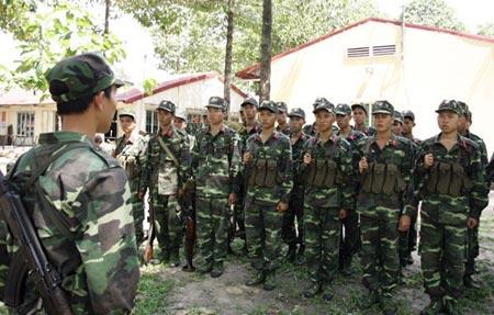 Trung đội bộ binh 17, Đại đội bộ binh 7, Tiểu đoàn bộ binh 2 nhận xét, rút kinh nghiệm sau buổi tập cá nhân đánh địch ngoài công sự.