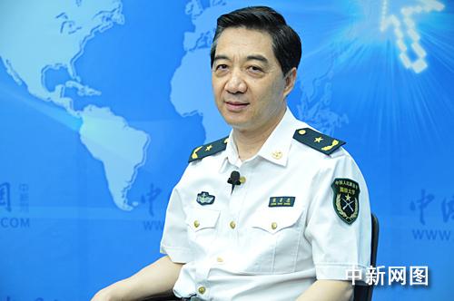 """Trương Triệu Trung, thiếu tướng """"vui tính"""" nhất trong 6 ông tướng bàn về biển Đông với ý tưởng dùng tàu cá chở thuốc nổ đánh chìm khu trục hạm tàng hình DDG-1000 hiện đại nhất của Mỹ"""
