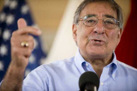 Bộ trưởng Quốc phòng Mỹ Leon Panetta phát biểu với các binh sĩ tại Hawai hôm qua. Ảnh: AFP
