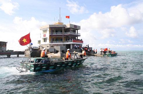 Đảo chìm Đá Đông B - quần đảo Trường Sa. Ảnh: Phan Văn Toàn.