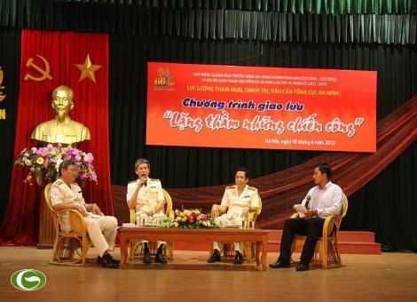 Thiếu tướng Nguyễn Chí Thành dự Giao lưu các thế hệ làm công tác tham mưu, chính trị, hậu cần