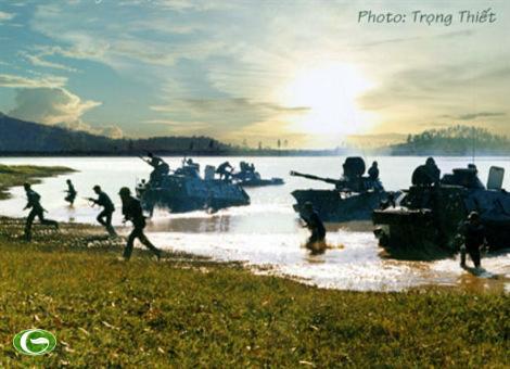Hải quân đánh bộ luyện tập sẵn sàng chiến đấu