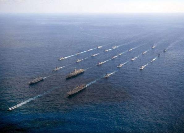 Hải quân Mỹ và Nhật Bản tổ chức diễn tập quân sự trên biển.