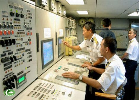 Huấn luyện làm chủ trang bị mới, hiện đại ở Lữ đoàn 162, Vùng 4 Hải quân.