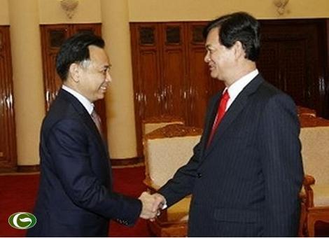 Thủ tướng Nguyễn Tấn Dũng tiếp Bộ trưởng Bộ Thương mại Thái Lan Boonsong Teriyapirom.