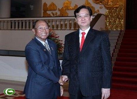 Thủ tướng Nguyễn Tấn Dũng tiếp Chủ tịch Quốc hội Campuchia Samdech Heng Samrin sang thăm hữu nghị chính thức Việt Nam.