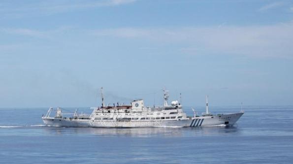Tàu Trung Quốc tuần tra trên biển Đông - Ảnh: Mạng quân sự Trường Giang