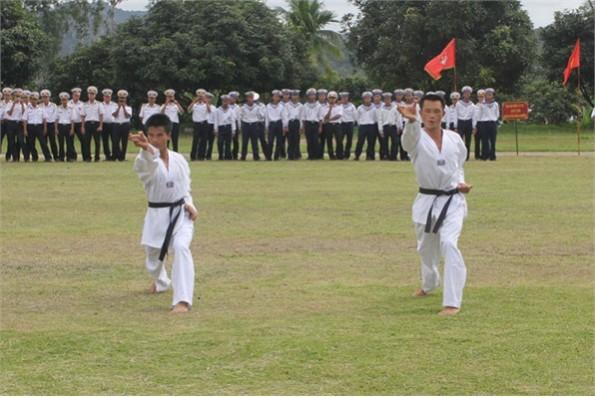 Tinh thông nhiều trường phái võ thuật
