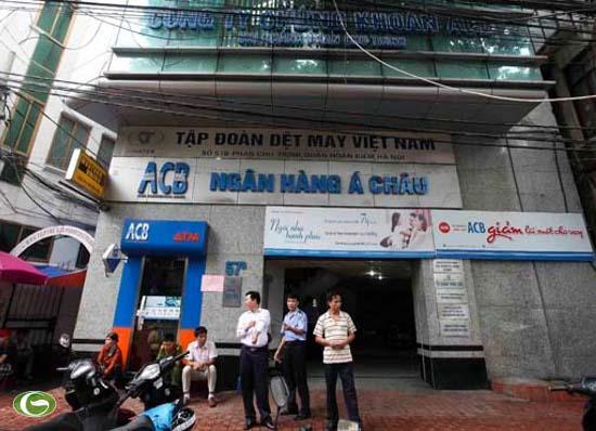 Tòa nhà 57B Phan Chu Trinh (Q.Hoàn Kiếm, Hà Nội) theo giấy phép kinh doanh là nơi đặt văn phòng của Công ty CP đầu tư ACB Hà Nội và Công ty TNHH đầu tư tài chính Á Châu