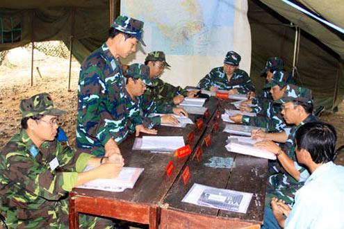 Các cơ quan báo cáo Sư đoàn trưởng kế hoạch chiến đấu.