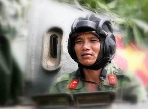 Chiến sĩ lái xe