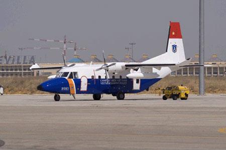 Máy bay tuần tra biển C-212-400 của Cảnh sát biển Việt Nam.