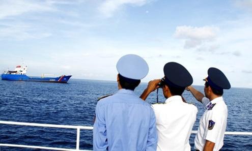 Vùng Cảnh sát biển 2 đóng tại cảng Kỳ Hà (Núi Thành - Quảng Nam) phụ trách tuần tra kiểm soát một khu vực biển từ đảo Cồn Cỏ (Quảng Trị) đến Cù Lao Xanh (Bình Định). Nhiệm vụ bảo vệ chủ quyền biển, đẩy đuổi tàu cá nước ngoài xâm phạm trái phép chủ quyền và bảo vệ ngư dân trên biển.