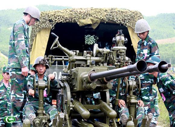 Sáng 7/9, tại Trường bắn quốc gia TB- 1, Quân chủng PK- KQ đã tổ chức khai mạc Hội thao diễn tập Chỉ huy - Tham mưu (CH - TM) cơ quan trung đoàn PPK có thực binh cơ động nhanh đại đội PPK 37 ly năm 2012.