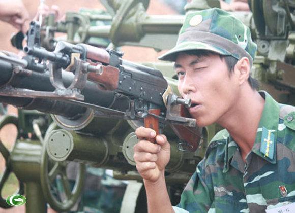 Khẩu đội PPk bắn kẹp nòng vào mục tiêu bia di động; bắn mục tiêu bia xe tăng di động; đang hành quân tạm dừng bắn, bắn trong hành tiến vào mục tiêu bia xe tăng cố định.