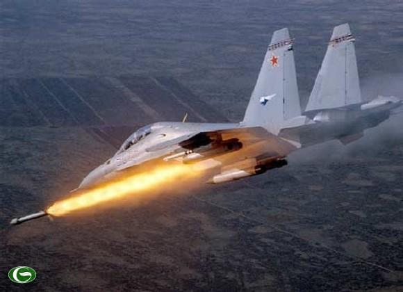 Su-30 bắn tên lửa tìm mục tiêu