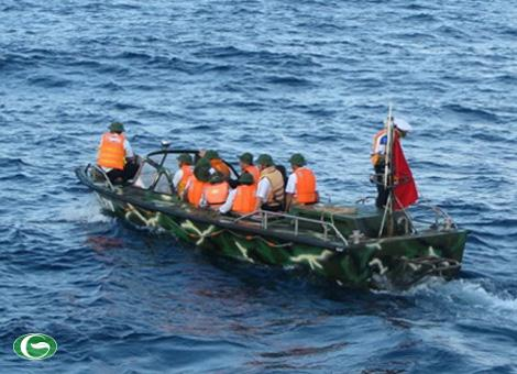 Xuồng CQ-01 hoạt động tại quần đảo Trường Sa.