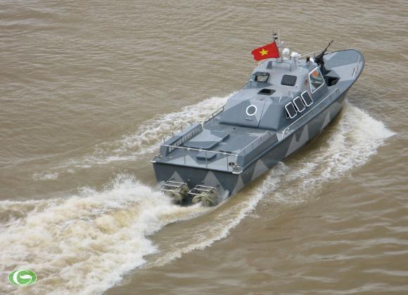 "Xuồng CQ ""made in Vietnam"""