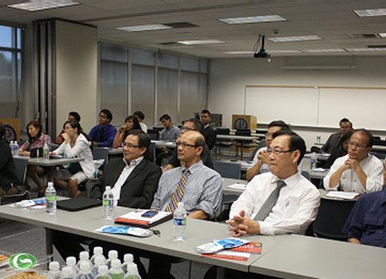 Buổi hội thảo việc làm của CIA tại Đại học California State University Fullerton