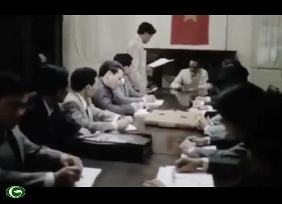 Với Nước cờ thí pháo, bắt xe. Hồ Chí Minh đã phải im lặng trước tất cả các hiểu lầm, hy sinh uy tín danh dự cá nhân, Đánh đổi lấy sự thoát hiểm cho vận mệnh của cả dân tộc.