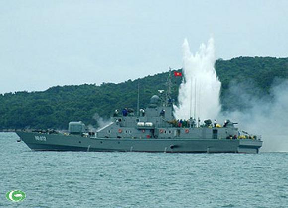 Tàu HQ-272 của Hải quân Việt Nam.