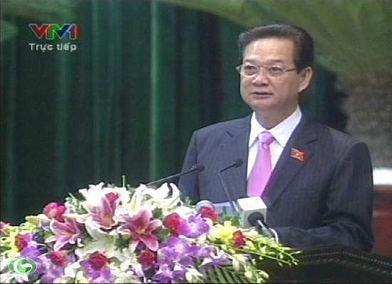 Thủ tướng nghiêm túc nhận trách nhiệm và thành thật nhận lỗi trước nhân dân.