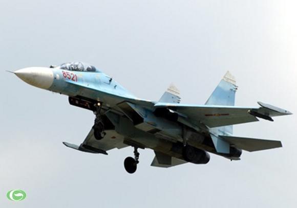 Chiến đấu cơ thế hệ mới Su-27PU thuộc Trung đoàn tiêm kích 940, Sư đoàn 372 anh hùng.