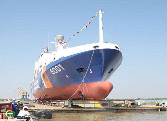 Tàu CSB 8001 chuẩn bị hạ thủy.