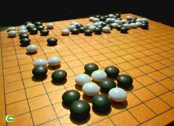 Trung Quốc đang chơi nước cờ gì trên biển Đông?