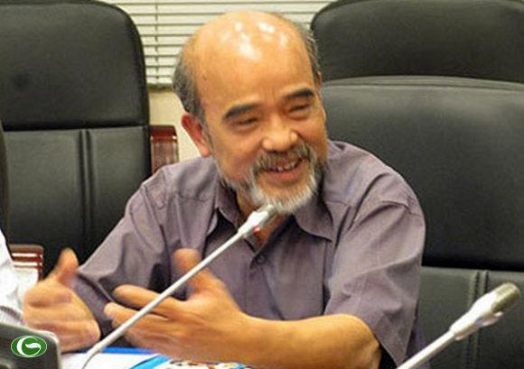 GS Đặng Hùng Võ trong buổi đối thoại với người dân Văn Giang ngày 8/11/2012, Ảnh: VnEconomy