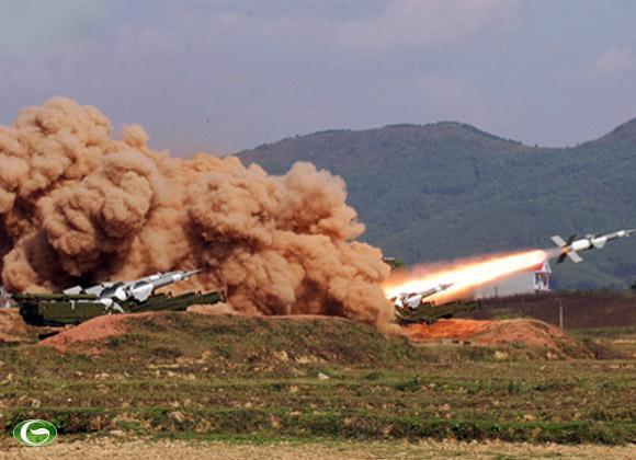 Tích tắc đầu tiên tên lửa rời bệ phóng