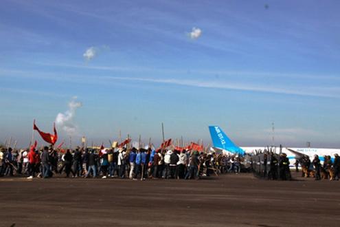 Cuộc diễn tập phòng chống khủng bố hàng không quy mô cấp quốc gia diễn ra tại cảng hàng không Liên Khương, Lâm Đồng vào sáng 9/12.