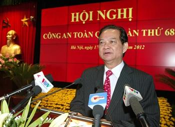 Thủ tướng Nguyễn Tấn Dũng phát biểu chỉ đạo Hội nghị. Ảnh: VGP/Nhật Bắc