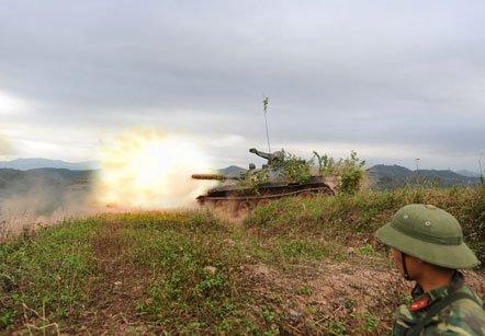 Tiêu diệt mục tiêu bằng xe tăng T55